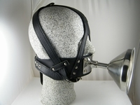 Funnelmask with shiny stainless steel  funnel Artif. leather